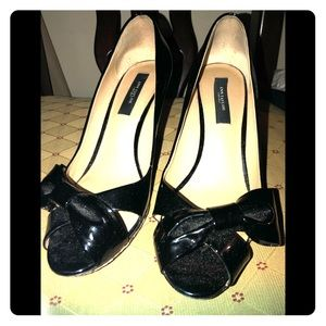Ann Taylor patent leather shoes